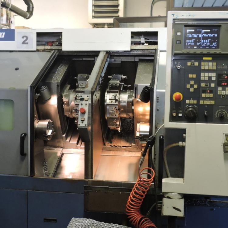 MORI SEIKI DL-15 - Tornio CNC con due torrette bimandrino